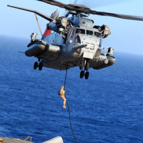 13th MEU BLT 1/4 fast-ropes duringPMINT
